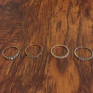 Jewelry - Gold ring set